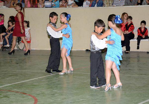 Fındıklı açılan modern dans kursu sona erdi