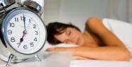 6 saatten az, 8 saatten fazla uyumayın.